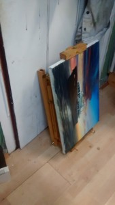 french_easel_with_painting